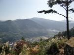 津和野城出丸からの津和野町(右)
