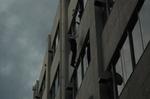6階及び5階の緩降機より降下避難訓練