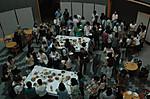 林志鳳副教授や講習の先生方を囲んで懇親会